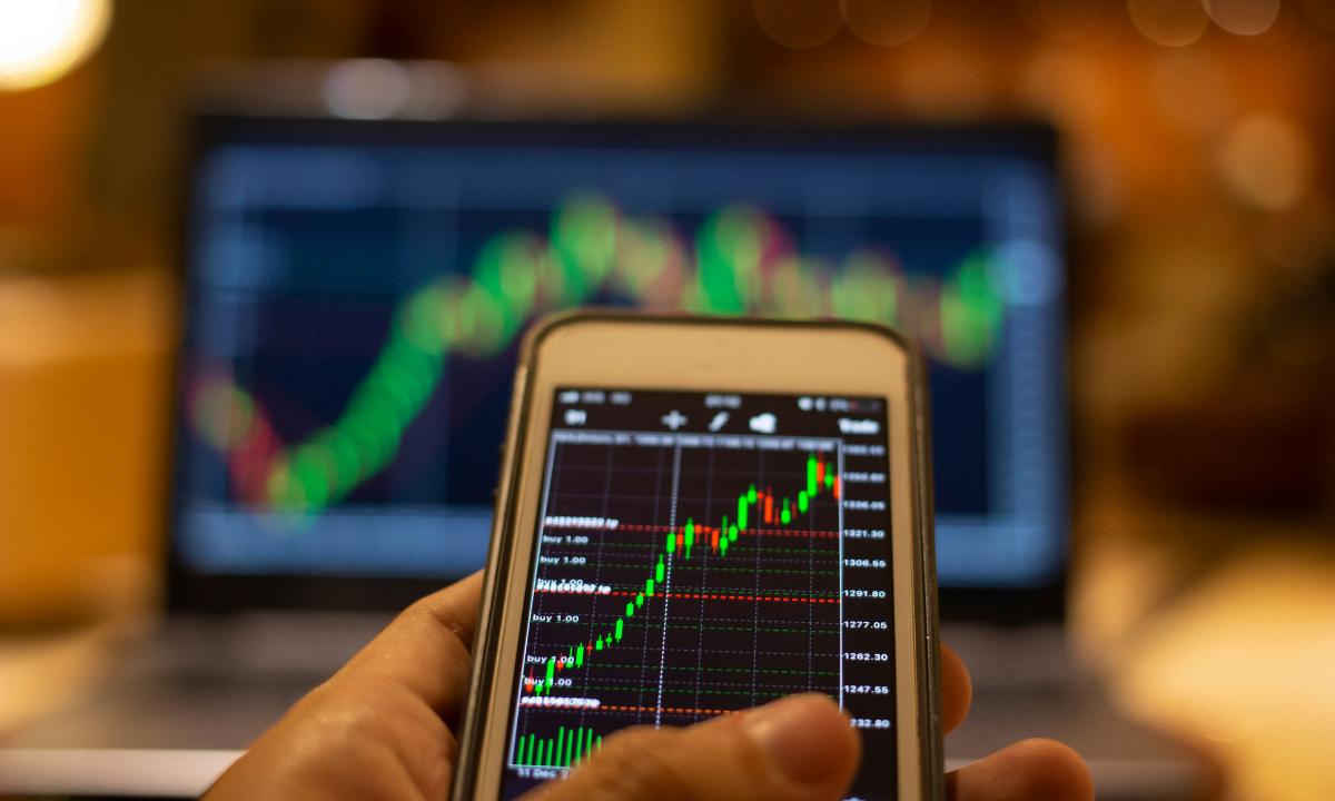Cómo funciona el mercado de valores y consejos para empezar